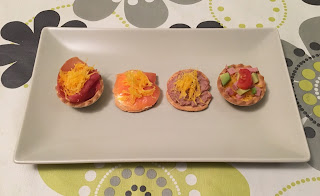 Appetizers with egg yarn
