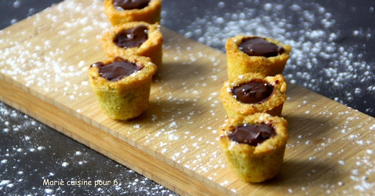 marie cuisine pour 6 cookies cups ganache au chocolat noir. Black Bedroom Furniture Sets. Home Design Ideas