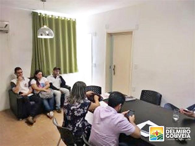 Negociação que beneficia trabalhadores da Saúde avança em Delmiro Gouveia