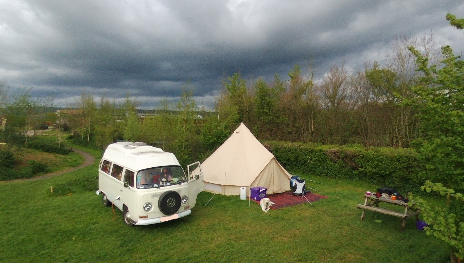 Bells & Labs: REVIEW: 'Camping under the Stars' 5m Bell Tent