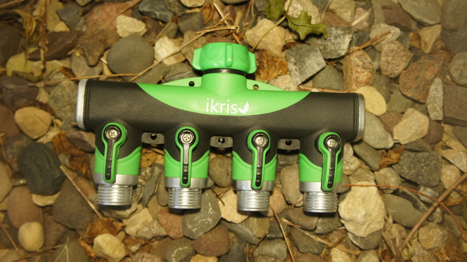 Let Me Review That For You!: Four Way Garden Hose Splitter by ikris