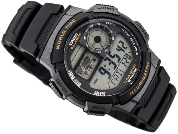 Jam tangan Casio AE-1000W-1AVDF Illuminator