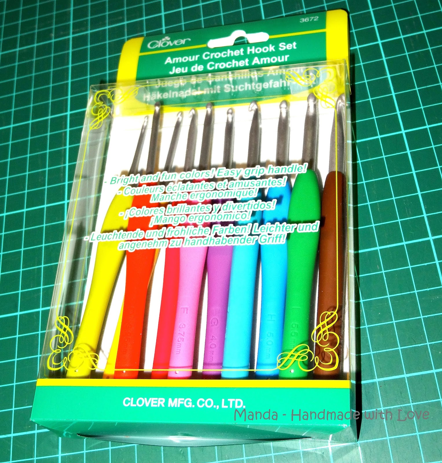 Stitchy N Crafty Is Me Clover Amour Crochet Hooks Review