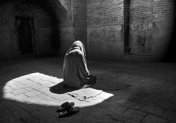 Meski Sedang Mengalami Sakaratul Maut, Orang Ini Tetap Minta Diantarkan Ke Masjid Untuk Berjamaah