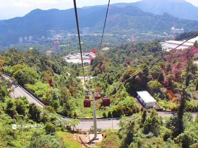 Sensasi Naik Gondola ke Chin Swee Temple di Resorts World Genting