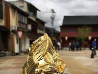Unik dan Mewah- Wajib Coba!! Cuman Ada Di Jepang Ada Es Krim Dilapisi Emas Yang Bisa Dimakan