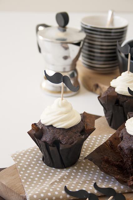 Cupcakes al cioccolato per la festa del papà
