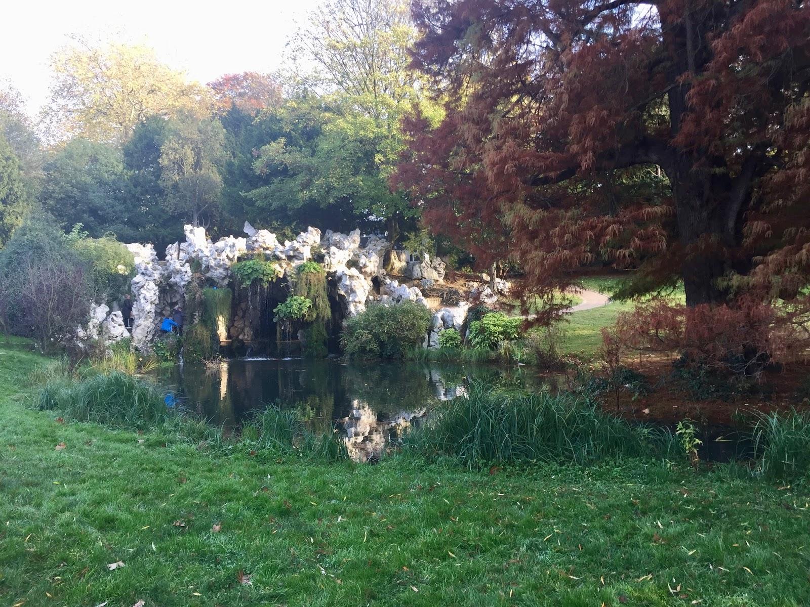 Le Parc Barbieux dit le Beau Jardin: La grotte