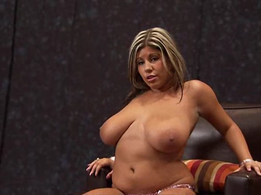 Lord of the squirt girl fucked in hot tub