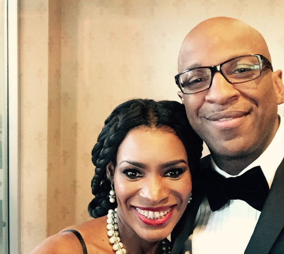 Donnie McClurkin Announces Engagement to Nicole C Mullen