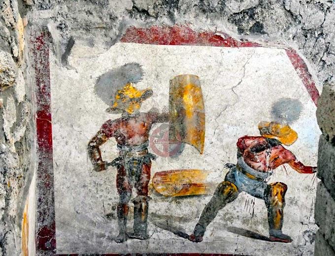 Τοιχογραφία με εξαιρετικά χρώματα που απεικονίζει μονομάχους ανακαλύφθηκε στην Πομπηία