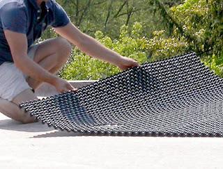 green-roof-drainage.jpg