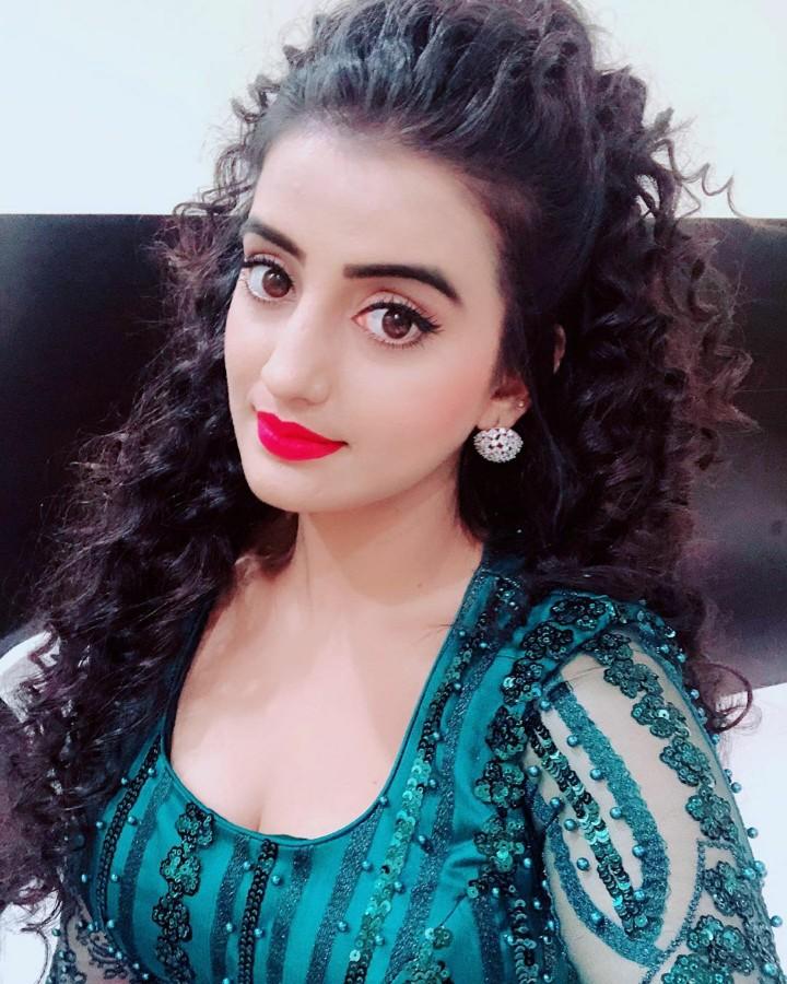 Akshara Singh Wiki Bhojpuri Actress : New Photo,Images,Hot