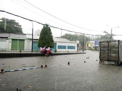 trạm cân xe tải bị ngập nước