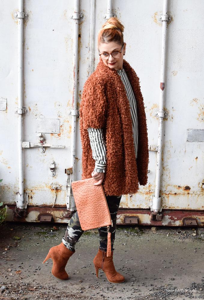enge Hose für Frauen im Military Stl, Camouflage Skinny Jeans für Frauen