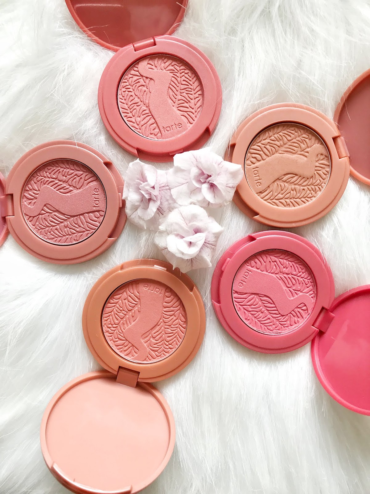 Tarte Cheek Charmers Deluxe set, Tarte Exposed highlighter, Tarte Amazonian clay 12-hour  blush