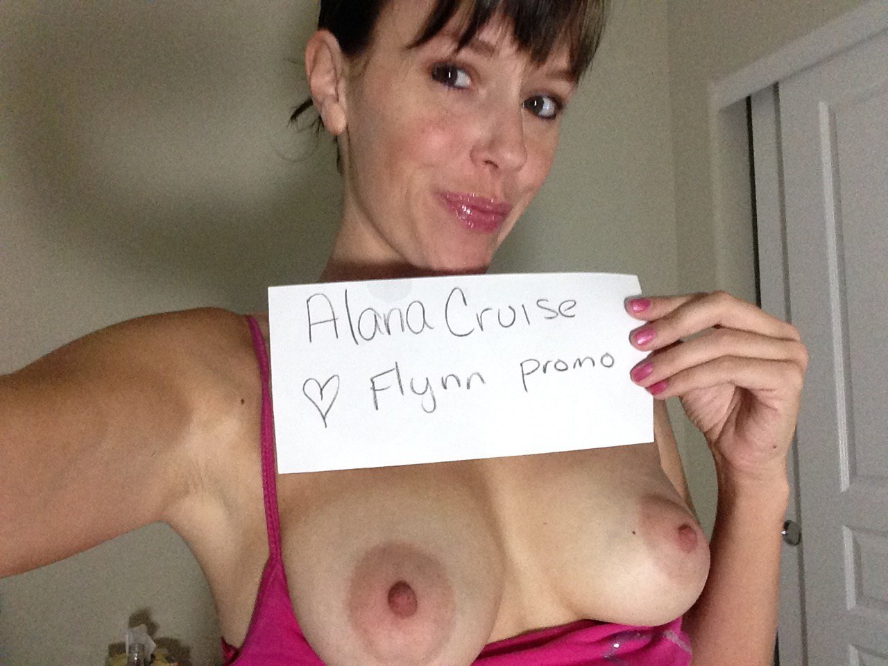 FanSign from the fantastic @AlanaCruisexxx