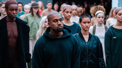 kanye-west-banned-models-to-use-phones-during-fashion-show