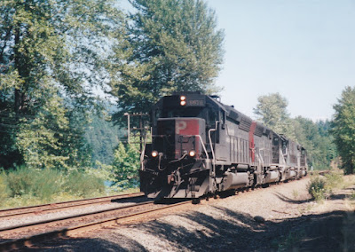 Southern Pacific SD40M-2 #8676 at Hampton, Oregon, on July 20, 1997