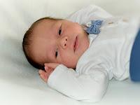 Penyebab Bayi Baru Lahir Susah Tidur di Malam Hari