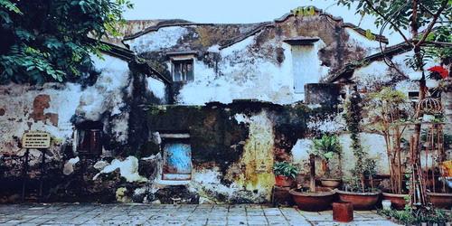 Qua phố cũ ngày xưa