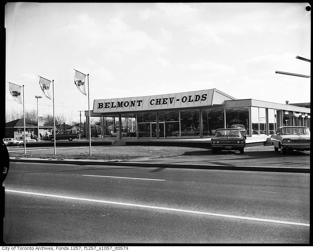 lost toronto vintage car dealerships gas stations car shows. Black Bedroom Furniture Sets. Home Design Ideas
