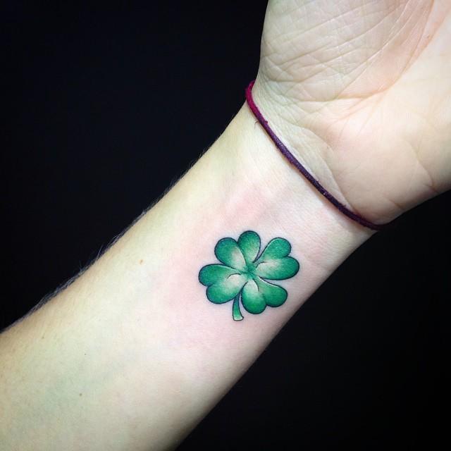 Tatuajes De Treboles Para Mujeres Y Su Significado Belagoria La