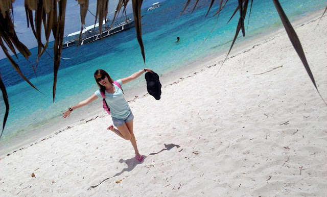 malapascua white beach