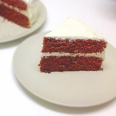 http://cocinarconamigos.blogspot.com/2014/03/tarta-red-velvet.html