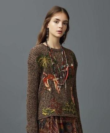 haftowane sweterki
