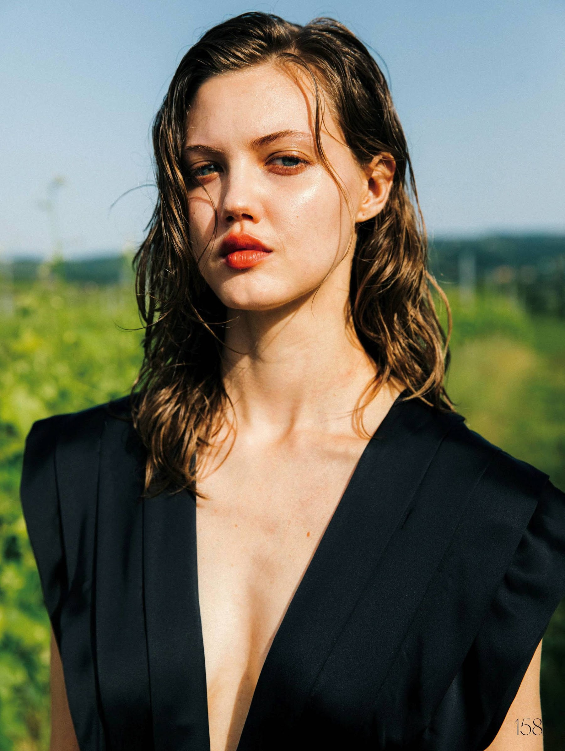 Lindsey Wixson x ELLE Japan Nov 2019 by Cole Sprouse | Mic ...