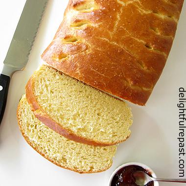 Fallue - The Traditional Norman Brioche - Regional French Baking / www.delightfulrepast.com