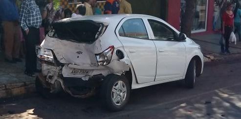 Manoel Ribas: Quatro veículos se envolvem em colisão na Sete de Setembro