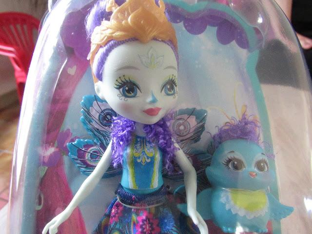 patter paon la poupée