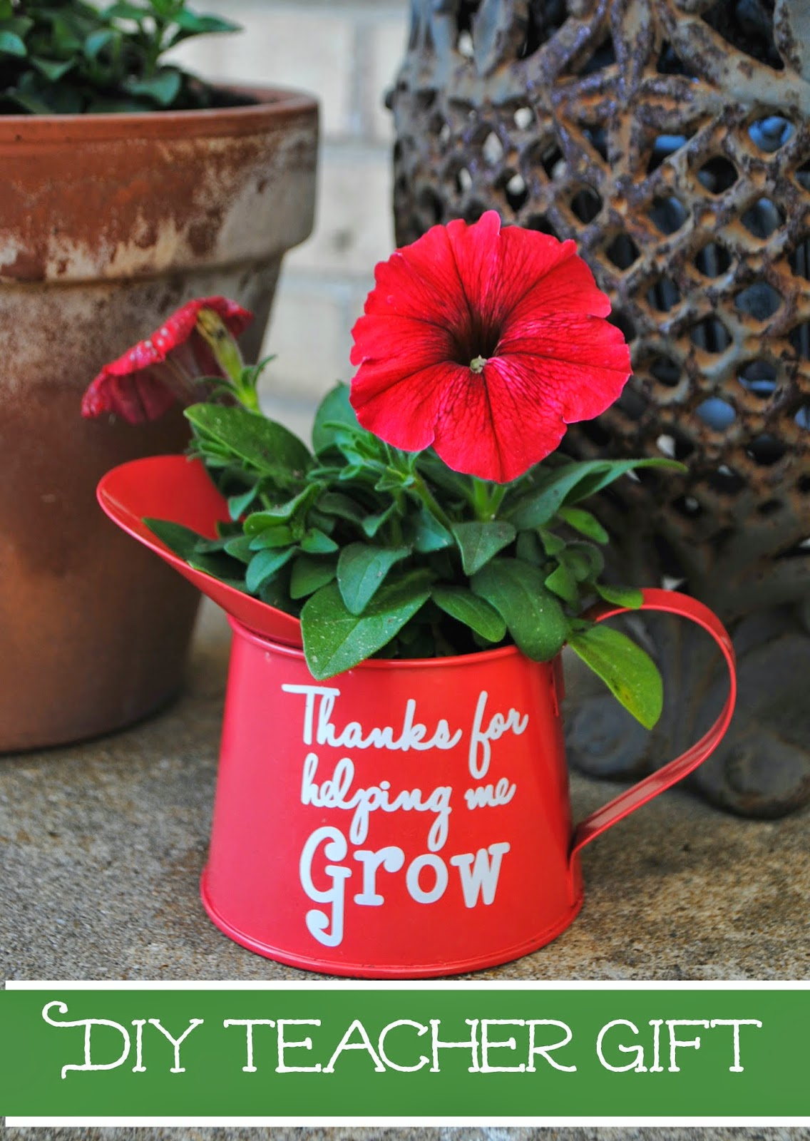 Flower pot, teacher gift idea, free, Silhouette Studio, cut file