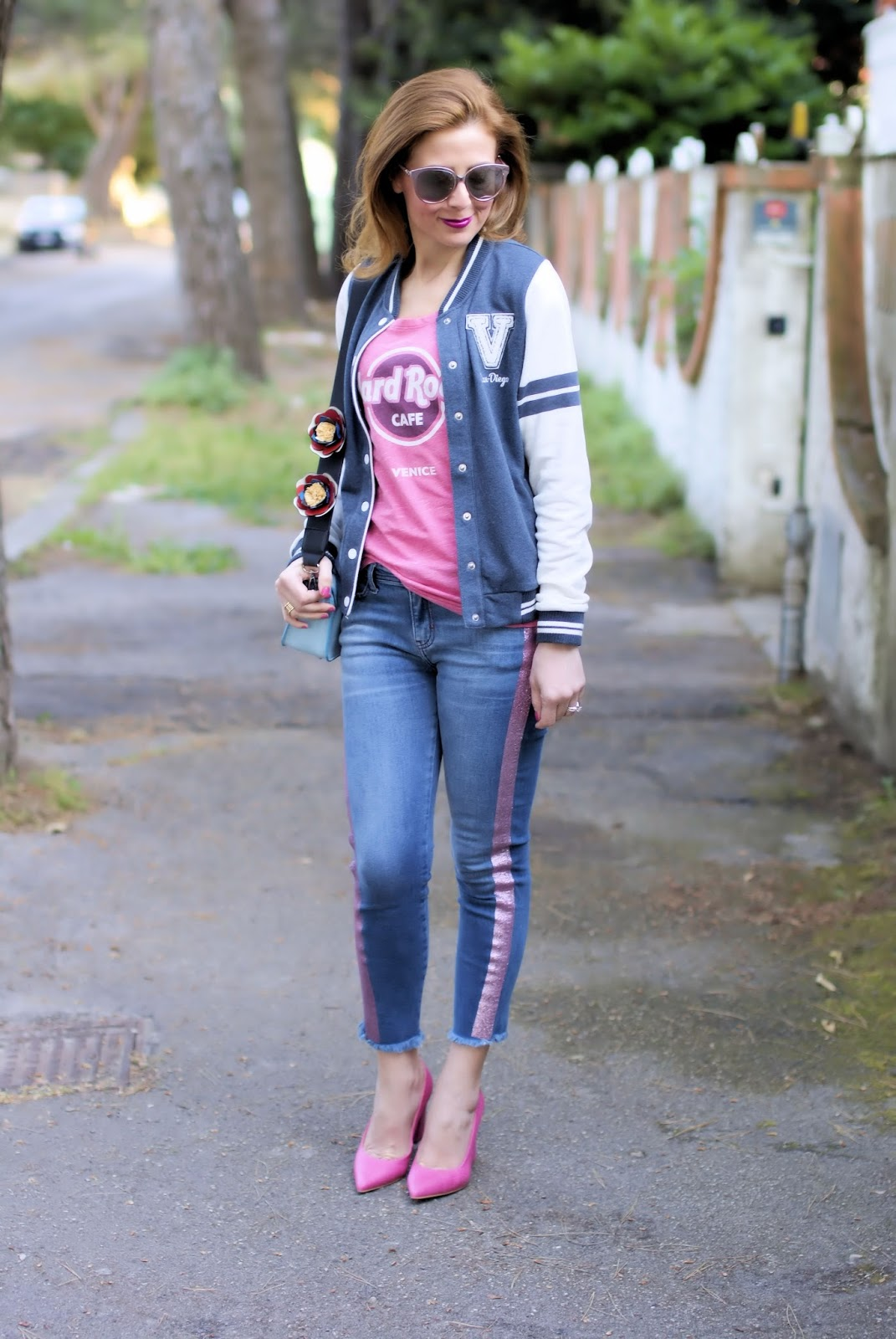 Hard Rock Cafe t.shirt on Fashion and Cookies fashion blog, fashion blogger style