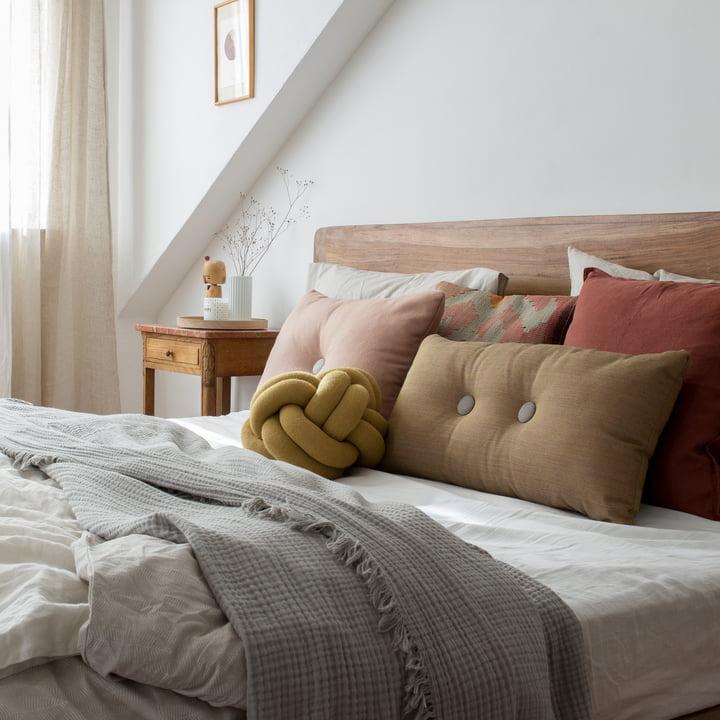 Klasyczne koce na łóżko