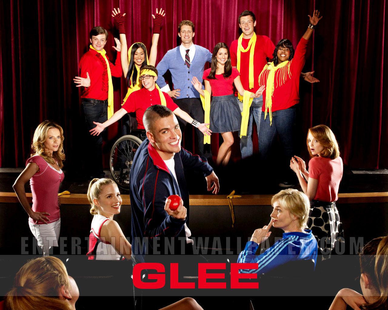 Glee finn and rachel start dating 5