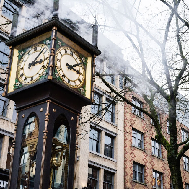 VancouverBC, Gastown, Steamclock, Travelguide, travelinfluencer