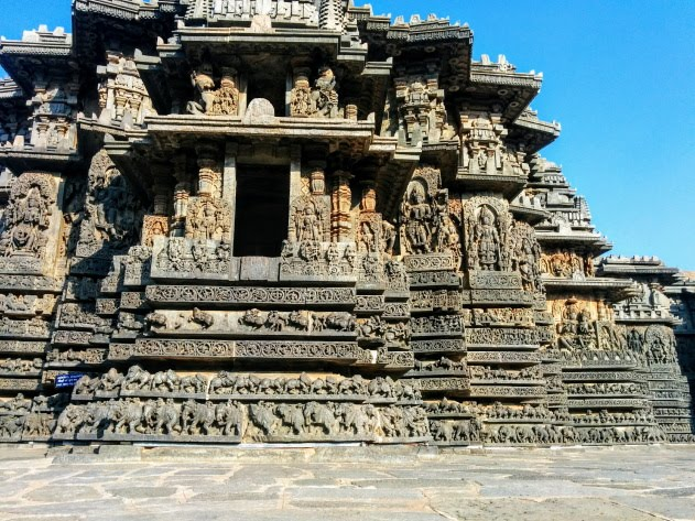 Halebid Hoysaleswara temple - blowing minds away