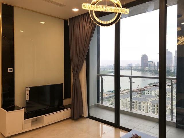 Cho thuê Officetel 2 phòng ngủ Vinhomes Golden River Aqua 1 tầng 10
