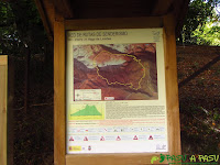 Cartel informativo ruta PR PNPE 25 Vega de Liordes