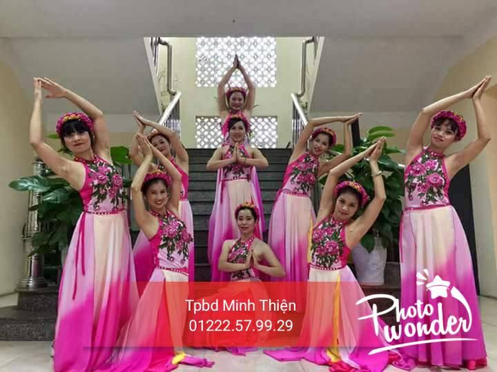 cho thuê trang phục múa , áo dài tại tphcm 0918496688