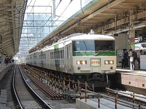 快速 足利藤まつり3号 桐生行き 185系(2017GW運行)