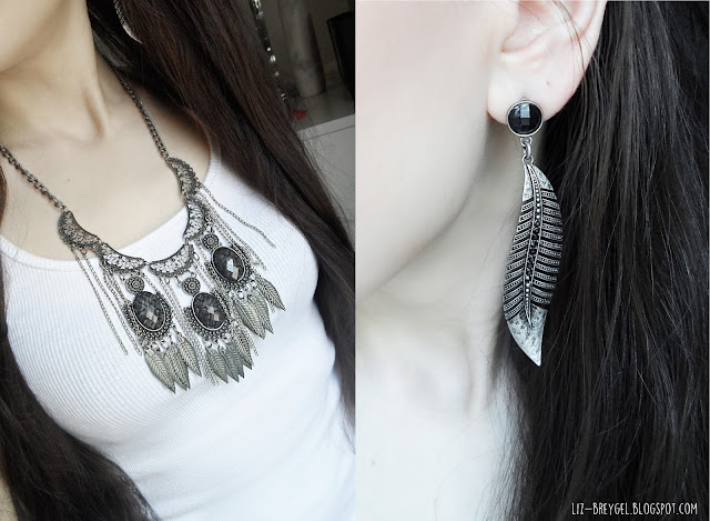 liz breygel fashion blogger review dark gothic grunge metal black worn silver jewelry review blogger