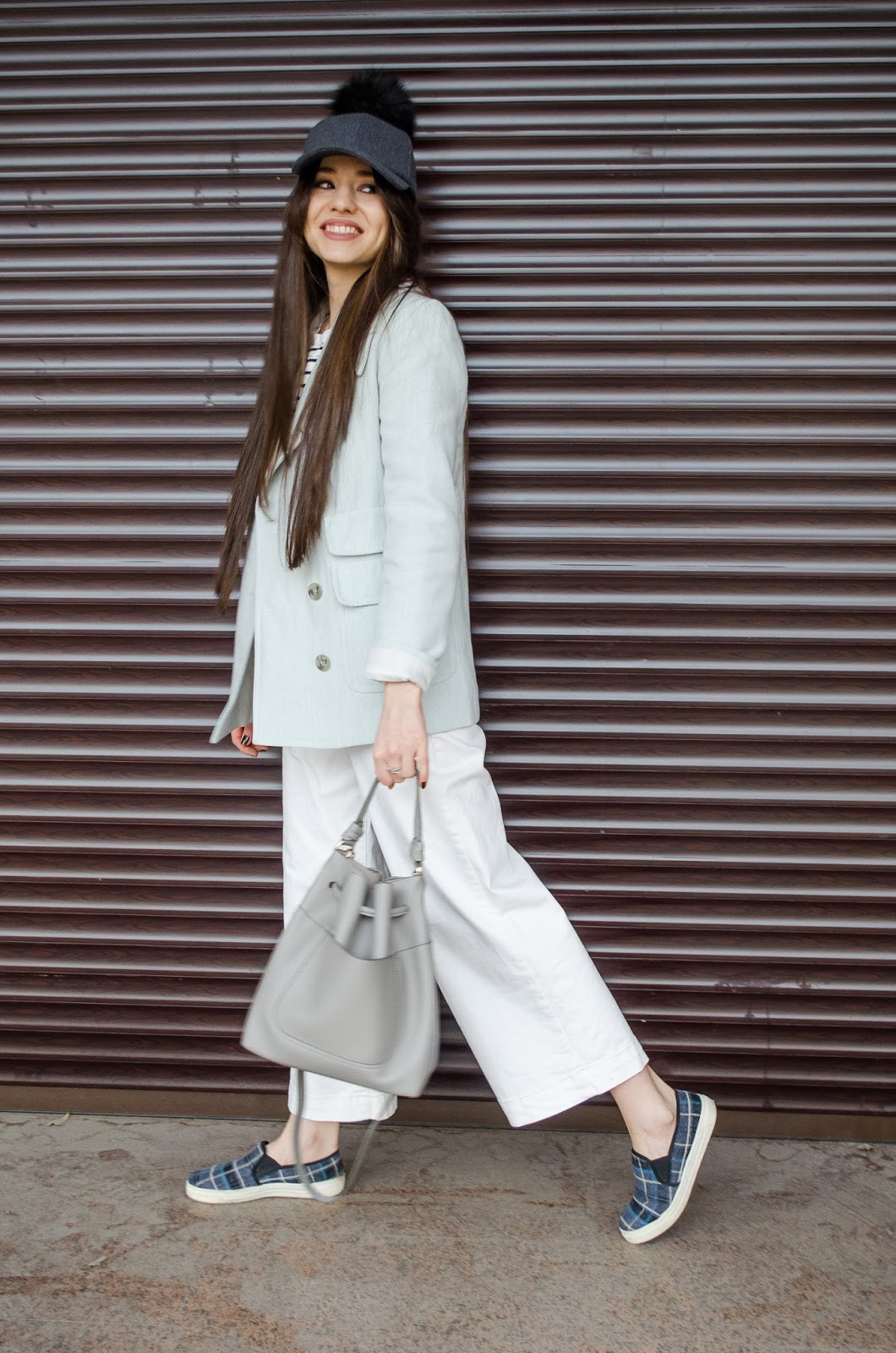 fashion blogger diyorasnotes white culottes stripped top shein slipons baseball hat