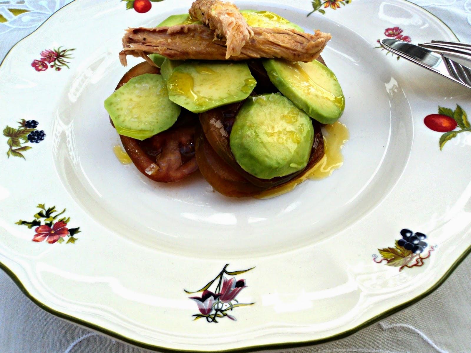 receta casera ensalada tomate aguacate melva