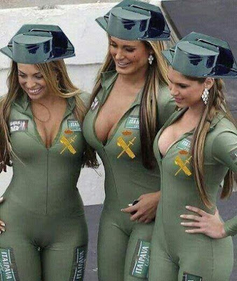 Guardia Civil, féminas, calendario sexy