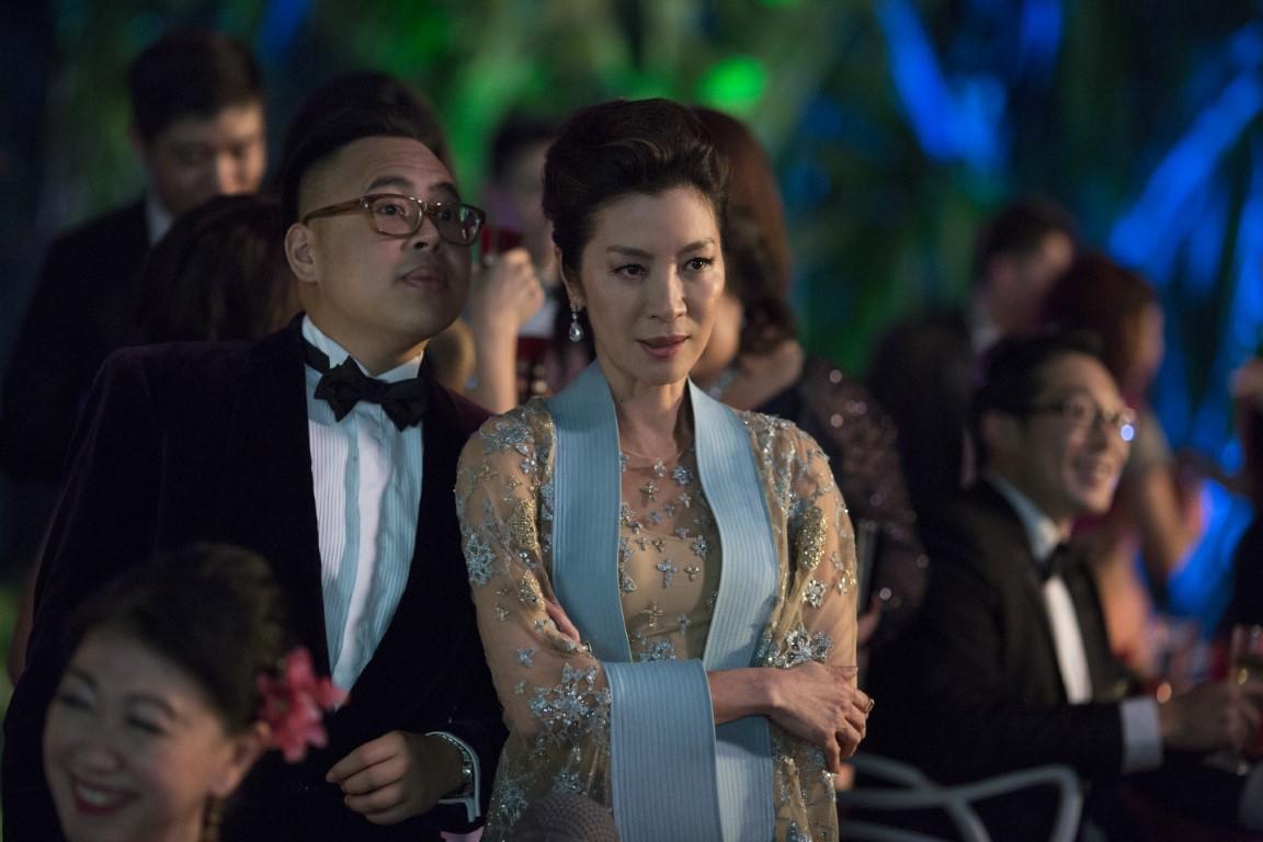 300e4a93ac L'ensemble du casting est convainquant, cependant, Awkwafina est à la fois  drôle et pleine d'énergie dans le rôle de Peik Lin Goh.