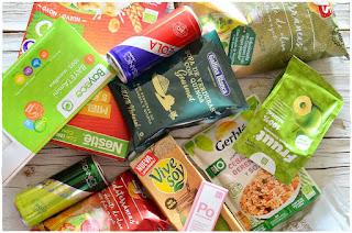 Disfrutabox- Bruschetta de queso, tomate, pavo y manzana-Entrante- aperitivo- canapé- tosta